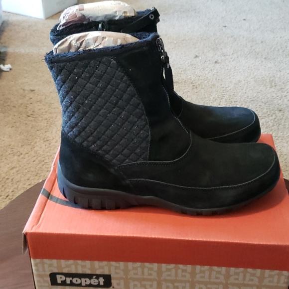 Delaney Mid Zip Ankle Boots Sz 75 4e